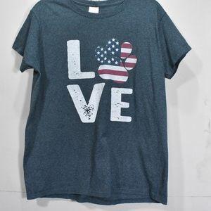 Gilden Graphic Dog Love T-shirt (G20)